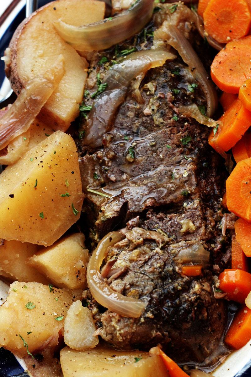 Crock Pot Roast Carrots and Potatoes