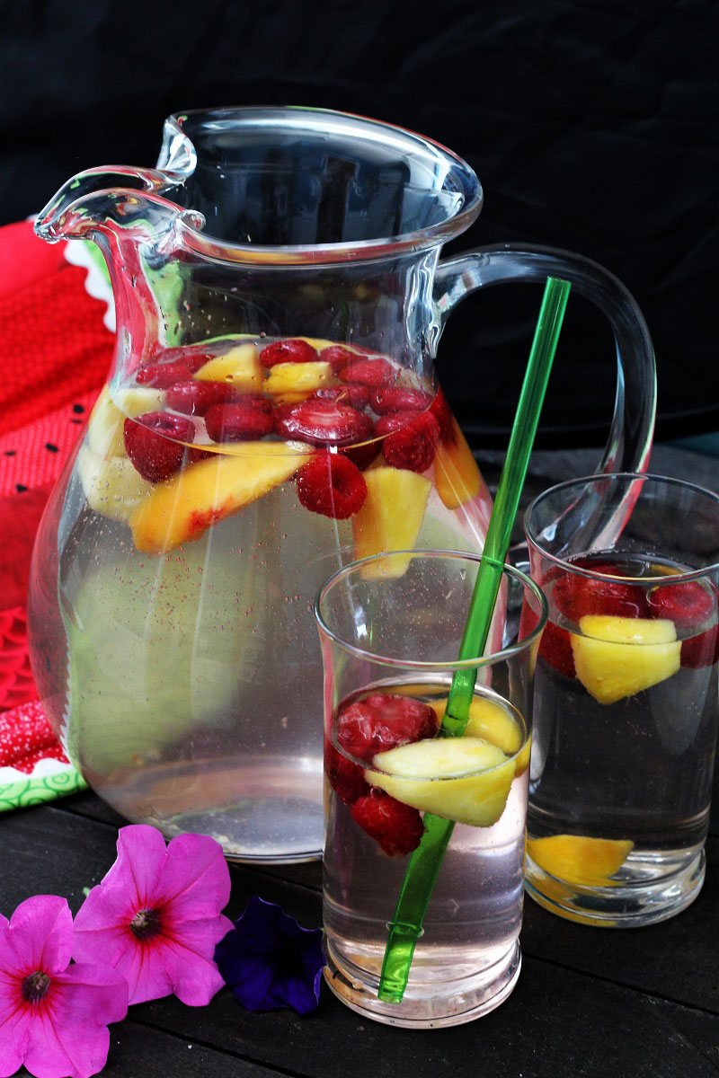Refreshing Citrus Water Punch