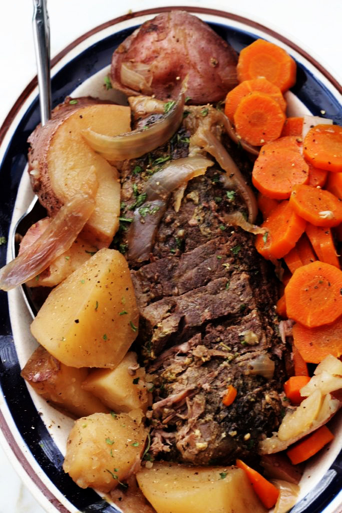 Crock Pot Roast Carrots and Potatoes