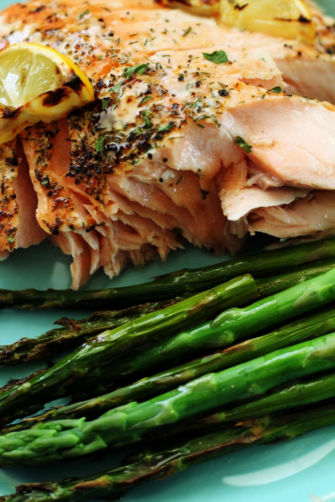 One Pan Salmon and Asparagus with Butter and Dill