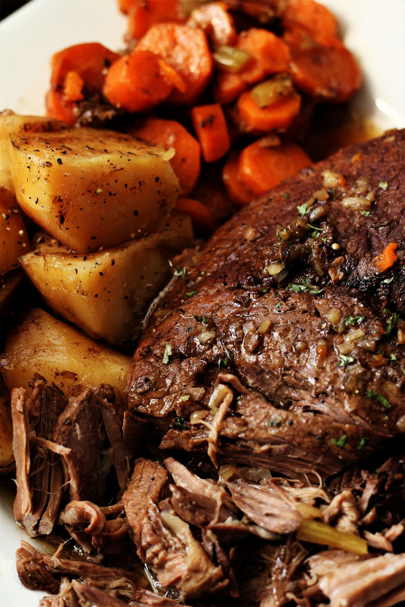 Amazing Crock Pot Roast with Potatoes and Carrots