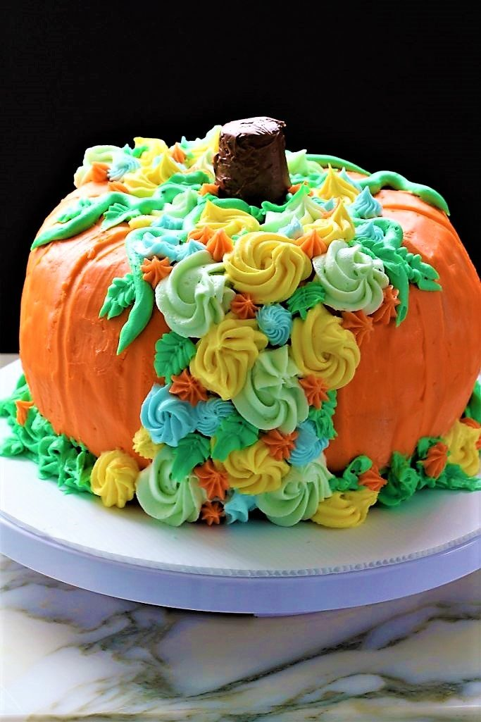 Fall Garden Pumpkin Cake