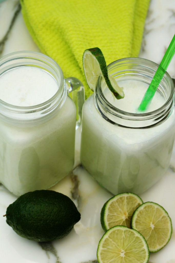 Brazilian Lemonade with Coconut