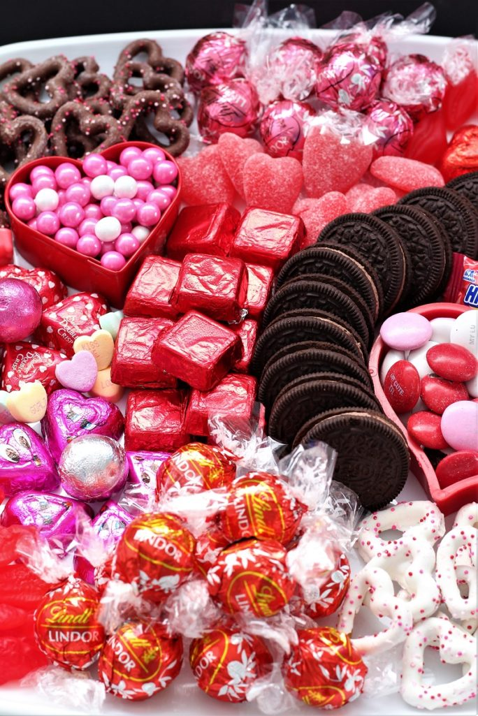 Adorable Valentines Candy Board