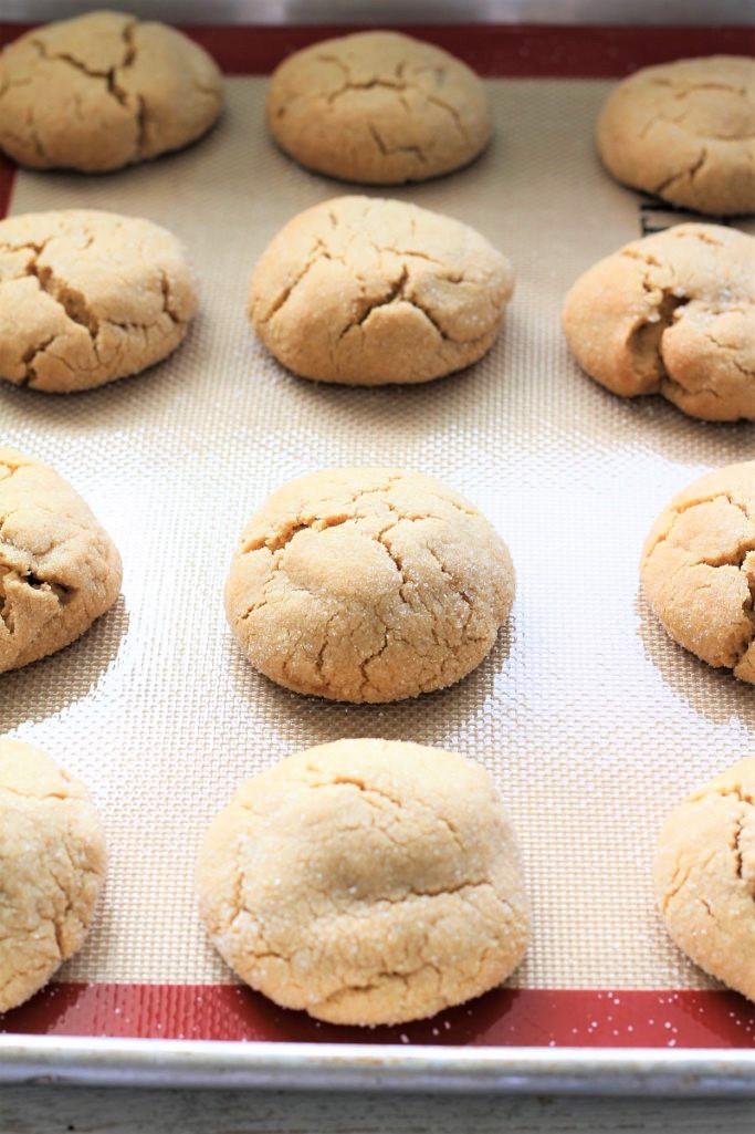 Crumbl Copycat Ultimate Peanut Butter Cookies