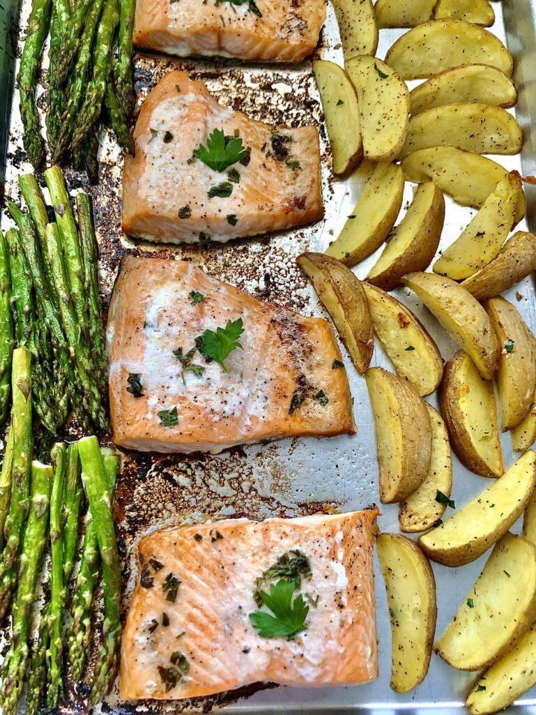 Easy Baked Salmon Dinner